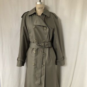 Vintage London Fog Trench with zip out lining